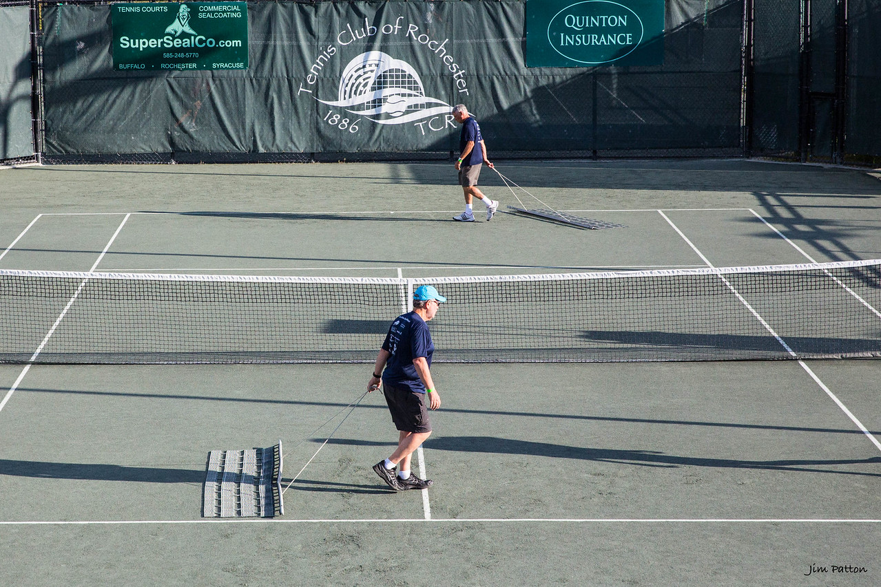 Jim and Don dragging the court