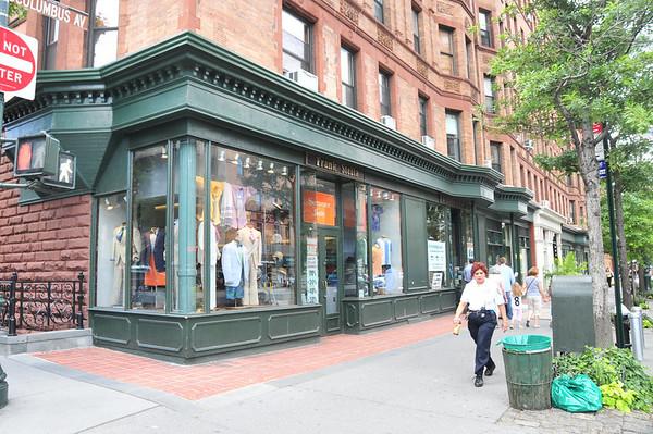 TD Bank Regis Suit Store