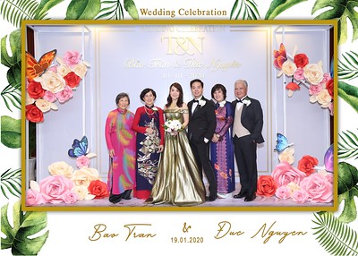 Tran-Nguyen-wedding-instant-print-photo-booth-in-Ho-Chi-Minh-City-Chup-hinh-lay-lien-Tiec-cuoi-WefieBox-Photobooth-Vietnam-012