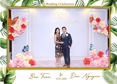 Tran-Nguyen-wedding-instant-print-photo-booth-in-Ho-Chi-Minh-City-Chup-hinh-lay-lien-Tiec-cuoi-WefieBox-Photobooth-Vietnam-005