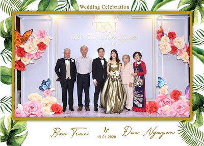 Tran-Nguyen-wedding-instant-print-photo-booth-in-Ho-Chi-Minh-City-Chup-hinh-lay-lien-Tiec-cuoi-WefieBox-Photobooth-Vietnam-017
