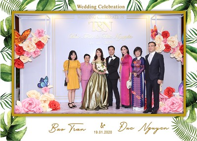 Tran-Nguyen-wedding-instant-print-photo-booth-in-Ho-Chi-Minh-City-Chup-hinh-lay-lien-Tiec-cuoi-WefieBox-Photobooth-Vietnam-018
