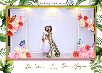 Tran-Nguyen-wedding-instant-print-photo-booth-in-Ho-Chi-Minh-City-Chup-hinh-lay-lien-Tiec-cuoi-WefieBox-Photobooth-Vietnam-045