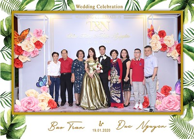 Tran-Nguyen-wedding-instant-print-photo-booth-in-Ho-Chi-Minh-City-Chup-hinh-lay-lien-Tiec-cuoi-WefieBox-Photobooth-Vietnam-026