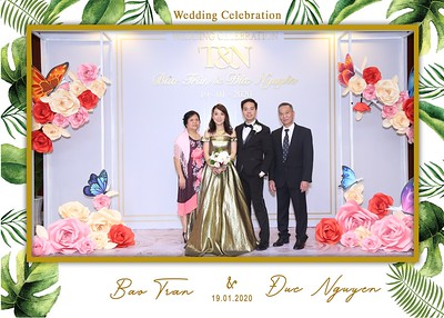 Tran-Nguyen-wedding-instant-print-photo-booth-in-Ho-Chi-Minh-City-Chup-hinh-lay-lien-Tiec-cuoi-WefieBox-Photobooth-Vietnam-009