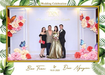Tran-Nguyen-wedding-instant-print-photo-booth-in-Ho-Chi-Minh-City-Chup-hinh-lay-lien-Tiec-cuoi-WefieBox-Photobooth-Vietnam-032