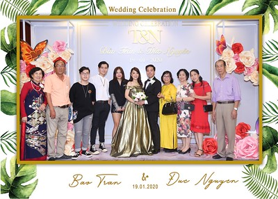 Tran-Nguyen-wedding-instant-print-photo-booth-in-Ho-Chi-Minh-City-Chup-hinh-lay-lien-Tiec-cuoi-WefieBox-Photobooth-Vietnam-020