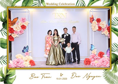 Tran-Nguyen-wedding-instant-print-photo-booth-in-Ho-Chi-Minh-City-Chup-hinh-lay-lien-Tiec-cuoi-WefieBox-Photobooth-Vietnam-048