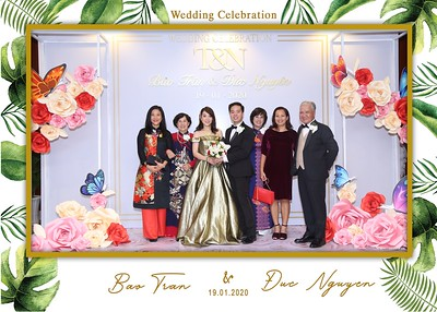Tran-Nguyen-wedding-instant-print-photo-booth-in-Ho-Chi-Minh-City-Chup-hinh-lay-lien-Tiec-cuoi-WefieBox-Photobooth-Vietnam-038