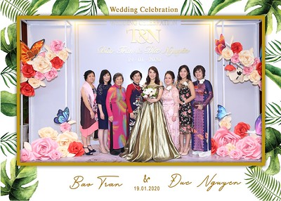 Tran-Nguyen-wedding-instant-print-photo-booth-in-Ho-Chi-Minh-City-Chup-hinh-lay-lien-Tiec-cuoi-WefieBox-Photobooth-Vietnam-006