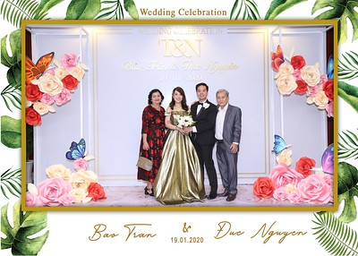 Tran-Nguyen-wedding-instant-print-photo-booth-in-Ho-Chi-Minh-City-Chup-hinh-lay-lien-Tiec-cuoi-WefieBox-Photobooth-Vietnam-029