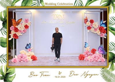 Tran-Nguyen-wedding-instant-print-photo-booth-in-Ho-Chi-Minh-City-Chup-hinh-lay-lien-Tiec-cuoi-WefieBox-Photobooth-Vietnam-002