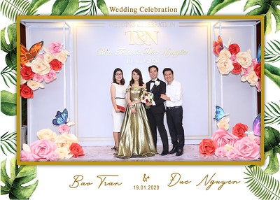Tran-Nguyen-wedding-instant-print-photo-booth-in-Ho-Chi-Minh-City-Chup-hinh-lay-lien-Tiec-cuoi-WefieBox-Photobooth-Vietnam-039