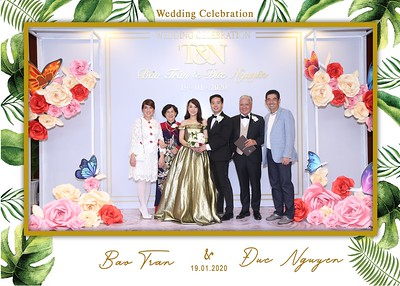 Tran-Nguyen-wedding-instant-print-photo-booth-in-Ho-Chi-Minh-City-Chup-hinh-lay-lien-Tiec-cuoi-WefieBox-Photobooth-Vietnam-023