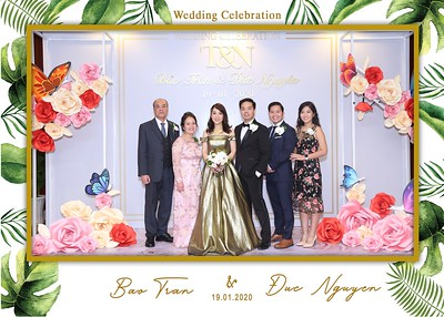 Tran-Nguyen-wedding-instant-print-photo-booth-in-Ho-Chi-Minh-City-Chup-hinh-lay-lien-Tiec-cuoi-WefieBox-Photobooth-Vietnam-008