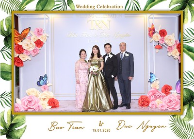 Tran-Nguyen-wedding-instant-print-photo-booth-in-Ho-Chi-Minh-City-Chup-hinh-lay-lien-Tiec-cuoi-WefieBox-Photobooth-Vietnam-007