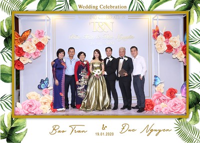 Tran-Nguyen-wedding-instant-print-photo-booth-in-Ho-Chi-Minh-City-Chup-hinh-lay-lien-Tiec-cuoi-WefieBox-Photobooth-Vietnam-024
