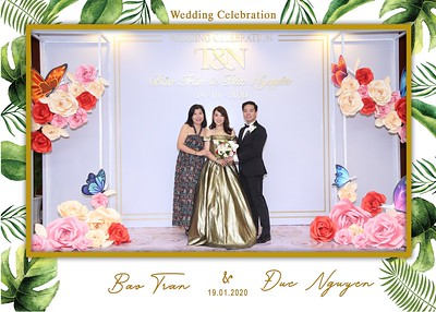 Tran-Nguyen-wedding-instant-print-photo-booth-in-Ho-Chi-Minh-City-Chup-hinh-lay-lien-Tiec-cuoi-WefieBox-Photobooth-Vietnam-033