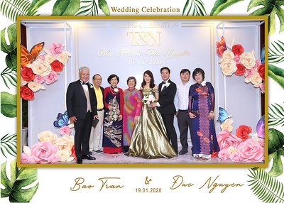 Tran-Nguyen-wedding-instant-print-photo-booth-in-Ho-Chi-Minh-City-Chup-hinh-lay-lien-Tiec-cuoi-WefieBox-Photobooth-Vietnam-041