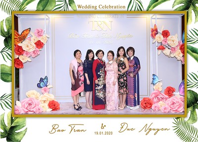 Tran-Nguyen-wedding-instant-print-photo-booth-in-Ho-Chi-Minh-City-Chup-hinh-lay-lien-Tiec-cuoi-WefieBox-Photobooth-Vietnam-004