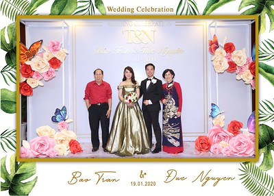 Tran-Nguyen-wedding-instant-print-photo-booth-in-Ho-Chi-Minh-City-Chup-hinh-lay-lien-Tiec-cuoi-WefieBox-Photobooth-Vietnam-025