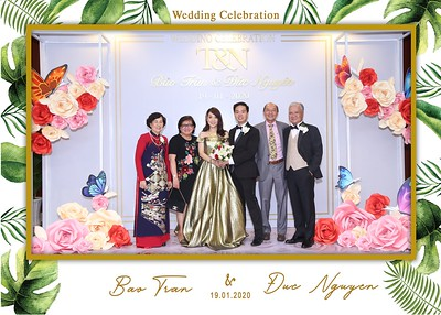 Tran-Nguyen-wedding-instant-print-photo-booth-in-Ho-Chi-Minh-City-Chup-hinh-lay-lien-Tiec-cuoi-WefieBox-Photobooth-Vietnam-035