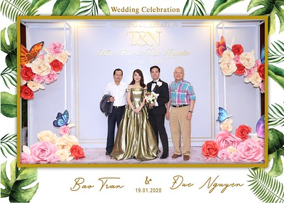 Tran-Nguyen-wedding-instant-print-photo-booth-in-Ho-Chi-Minh-City-Chup-hinh-lay-lien-Tiec-cuoi-WefieBox-Photobooth-Vietnam-034