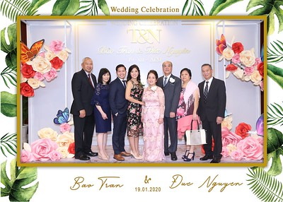 Tran-Nguyen-wedding-instant-print-photo-booth-in-Ho-Chi-Minh-City-Chup-hinh-lay-lien-Tiec-cuoi-WefieBox-Photobooth-Vietnam-049