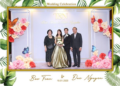 Tran-Nguyen-wedding-instant-print-photo-booth-in-Ho-Chi-Minh-City-Chup-hinh-lay-lien-Tiec-cuoi-WefieBox-Photobooth-Vietnam-027
