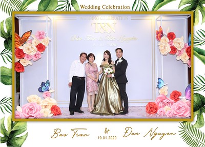 Tran-Nguyen-wedding-instant-print-photo-booth-in-Ho-Chi-Minh-City-Chup-hinh-lay-lien-Tiec-cuoi-WefieBox-Photobooth-Vietnam-031