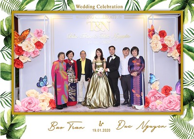 Tran-Nguyen-wedding-instant-print-photo-booth-in-Ho-Chi-Minh-City-Chup-hinh-lay-lien-Tiec-cuoi-WefieBox-Photobooth-Vietnam-040