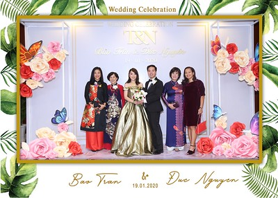 Tran-Nguyen-wedding-instant-print-photo-booth-in-Ho-Chi-Minh-City-Chup-hinh-lay-lien-Tiec-cuoi-WefieBox-Photobooth-Vietnam-037