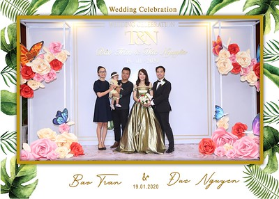 Tran-Nguyen-wedding-instant-print-photo-booth-in-Ho-Chi-Minh-City-Chup-hinh-lay-lien-Tiec-cuoi-WefieBox-Photobooth-Vietnam-046