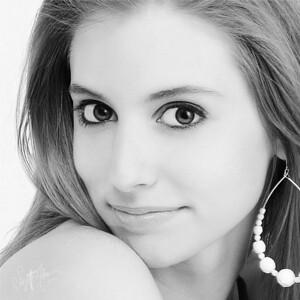 Sarah Eyes AF
