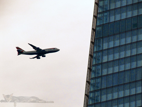 The Shard and a Boeing 747