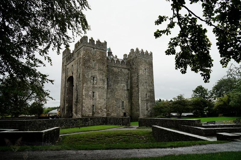 Bunratty Castle - Caisleán Bhun Raithe - Eire