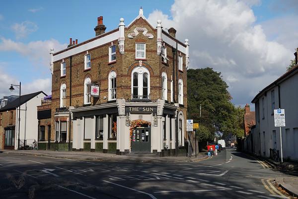 The Sun Pub - Carshalton