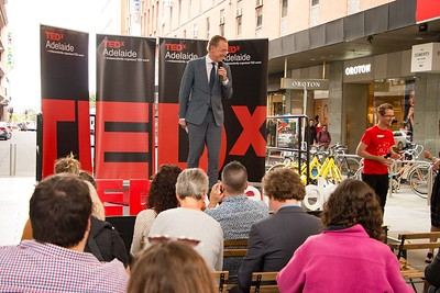 TEDxAdelaide-RundleMall-NathanielMason-0169