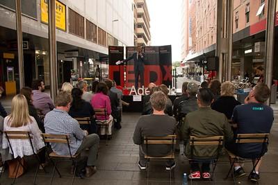 TEDxAdelaide-RundleMall-NathanielMason-0197