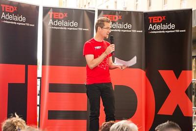 TEDxAdelaide-RundleMall-NathanielMason-0165