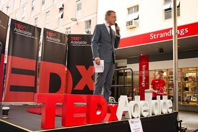 TEDxAdelaide-RundleMall-NathanielMason-0175