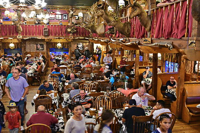 Big_Texan_Steak_Ranch_Amarillo_500_1799
