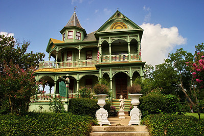 Wood-Hughes House, Brenham, Texas
