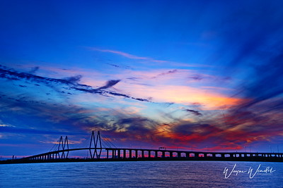 03082018_Fred_Hartman_Bridge_Sunset_750_5481 _Signature