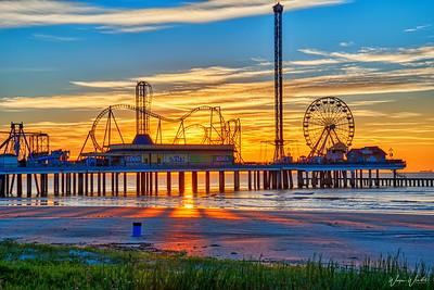 20181026_Galveston_Pleasure_Pier_Sunrise_HDR_750_8938