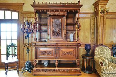 Organ_room_furniture_DSC_0486