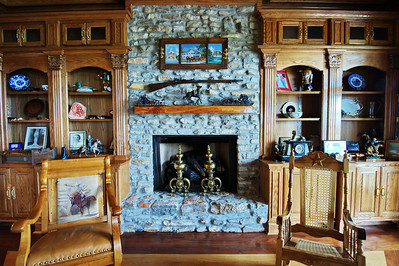 Fireplace&artwork_DSC_0491