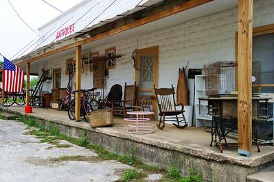 antiques_porch