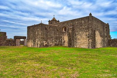 20181120_Presidio_La_Bahia_Exterior_Church_Grounds_750_9483
