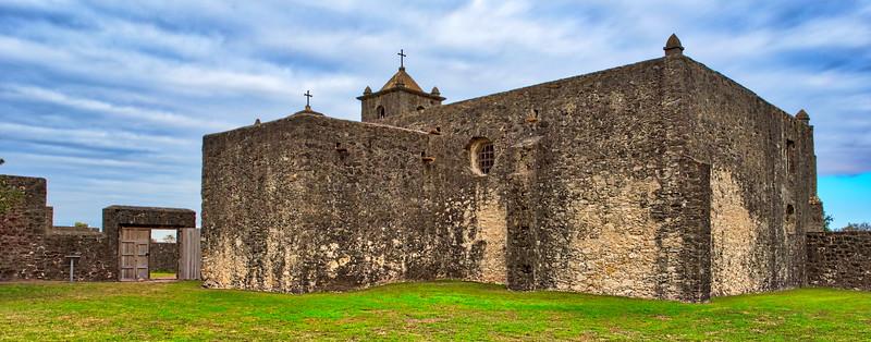 20181120_Presidio_La_Bahia_Church_Exterior_750_9483